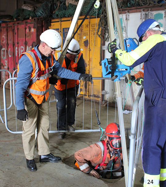 Confined spaces training with Dräger PP10